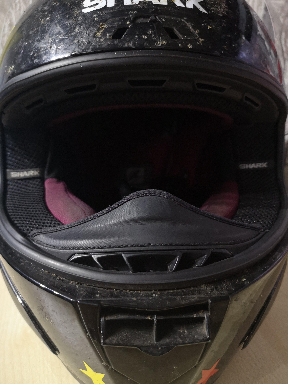 Helmet venting